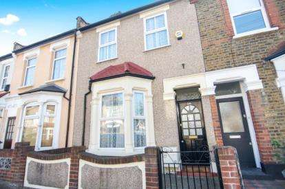 2 Bedrooms House for sale in London