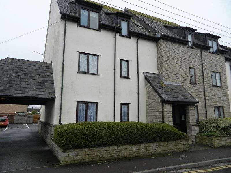 2 Bedrooms Flat for sale in WORLE HIGH STREET