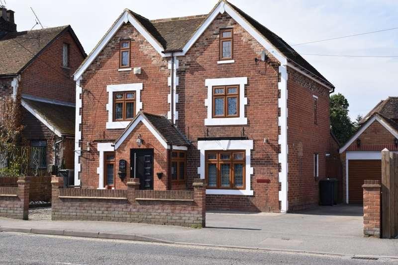 4 Bedrooms Detached House for sale in Station Road, STAPLEHURST