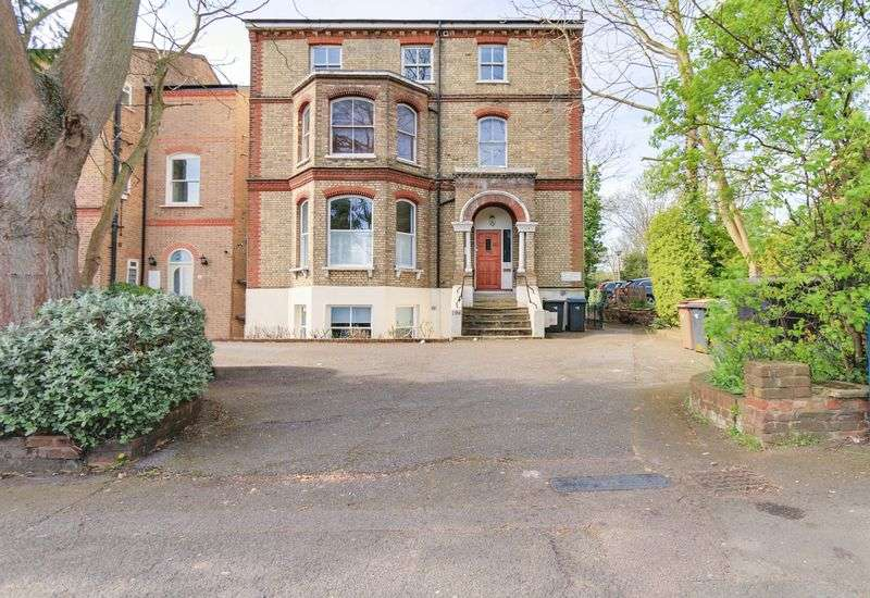 2 Bedrooms Flat for sale in Ewell Road, Surbiton. KT6 6HL