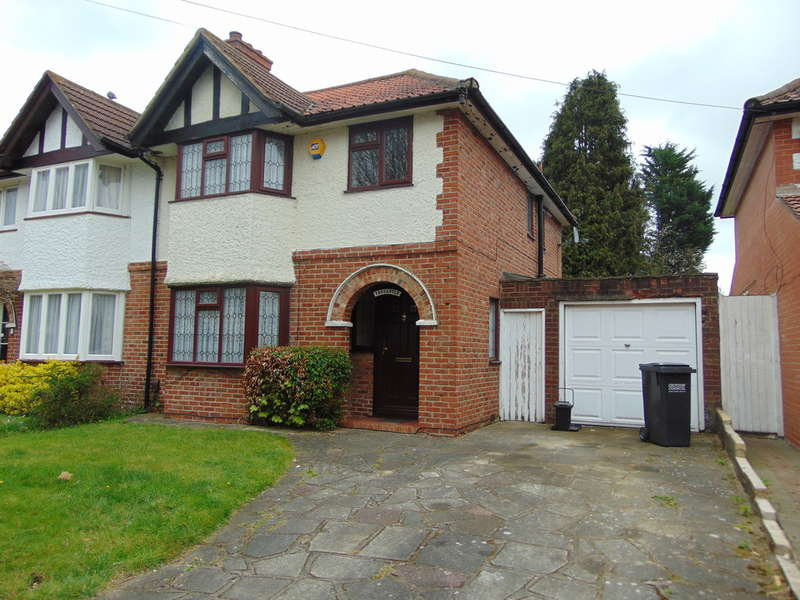 3 Bedrooms Semi Detached House for sale in Byron Road, South Croydon, Surrey, CR2 8DY