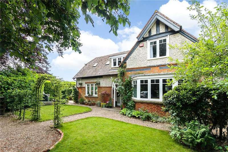 3 Bedrooms Detached House for sale in Longparish, Andover, Hampshire, SP11