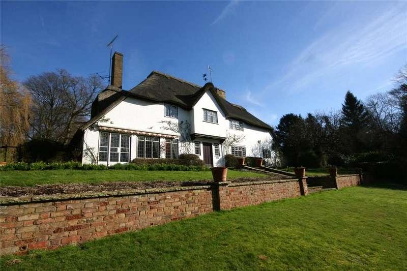 4 Bedrooms Detached House for sale in Hedgerley Lane, Gerrards Cross, Buckinghamshire