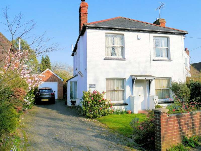 3 Bedrooms Detached House for sale in Chavey Down Road, Winkfield Row RG42