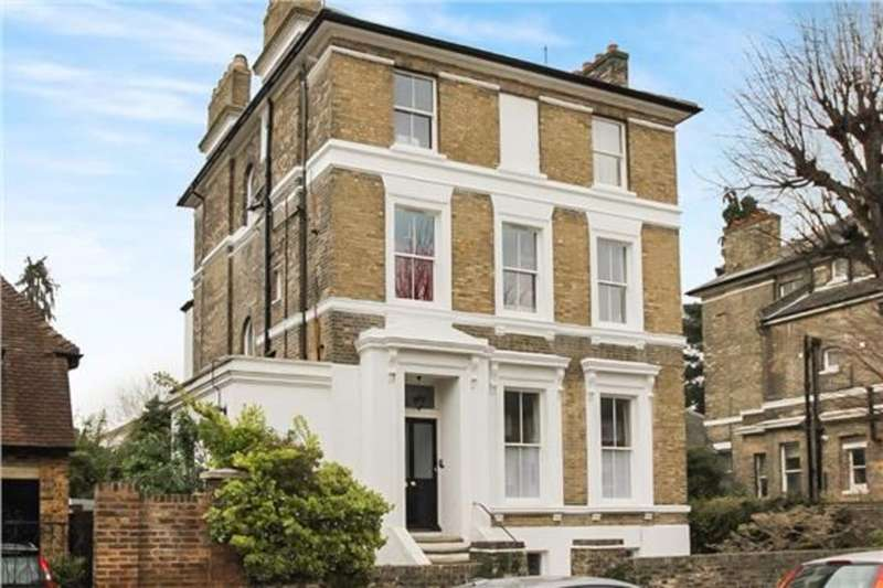 2 Bedrooms Flat for sale in Surbiton