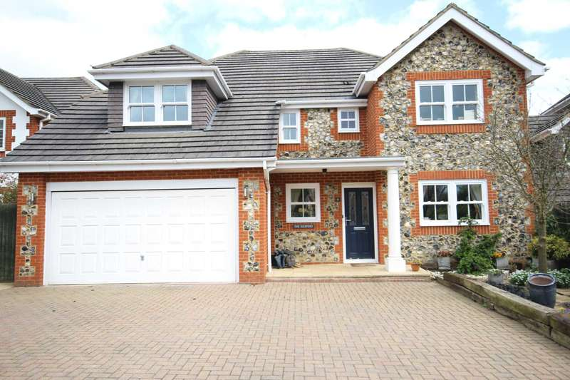 5 Bedrooms Detached House for sale in Badgers Rise, Stone