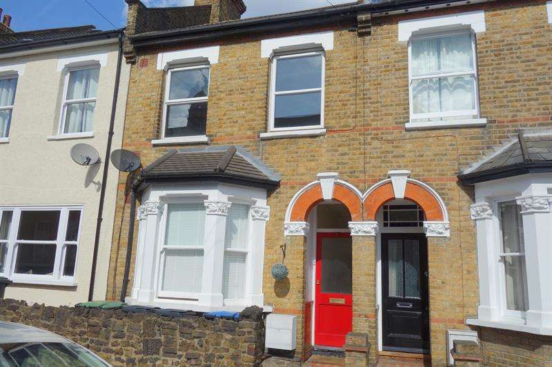 1 Bedroom Flat for sale in Trinity Street, Enfield
