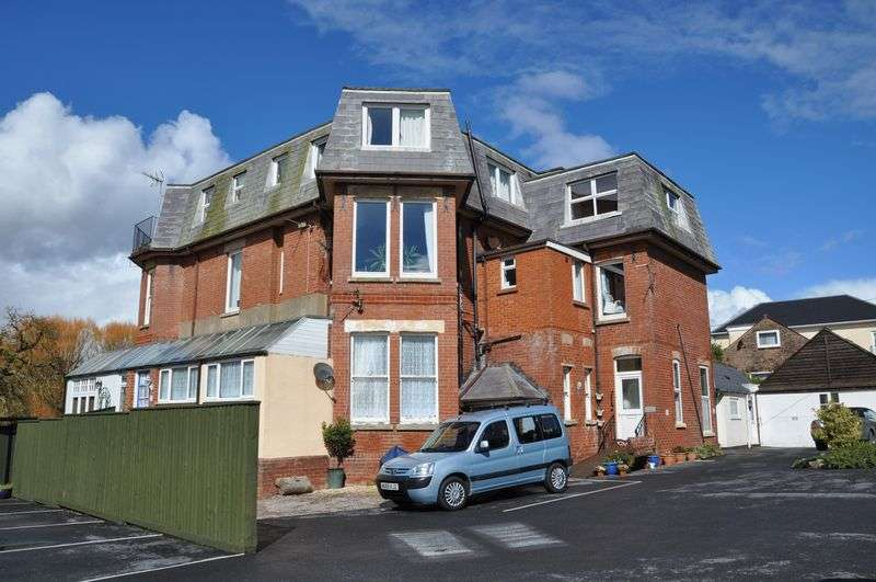 1 Bedroom Flat for sale in Maer Lane, Exmouth