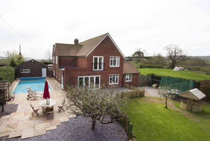 4 Bedrooms Detached House for sale in Bittell Farm Road, Barnt Green, Birmingham