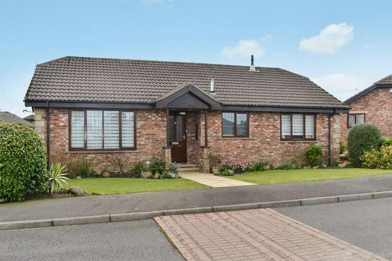 2 Bedrooms Detached Bungalow for sale in 31 Cairn Park, Longframlington, MORPETH, Northumberland