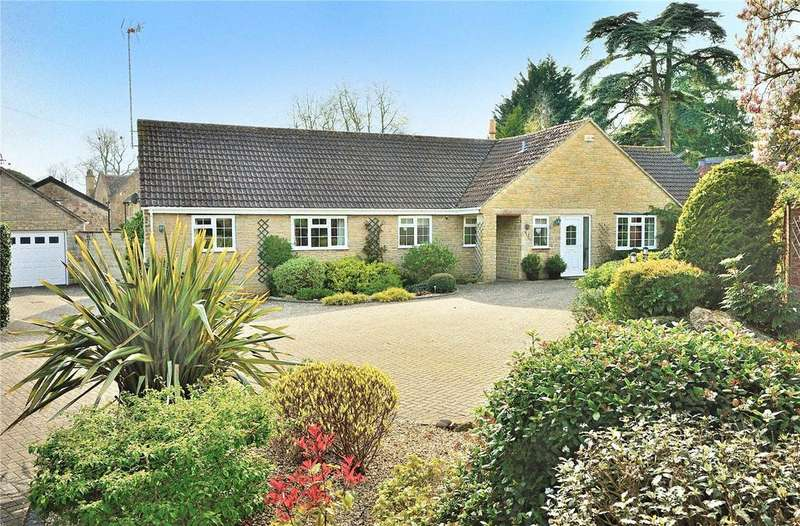 3 Bedrooms Detached Bungalow for sale in Oborne, Sherborne, Dorset