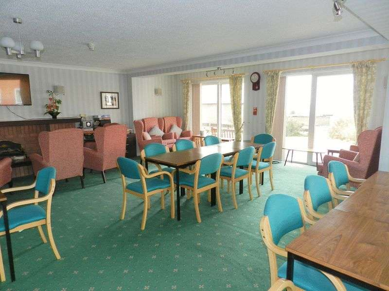 1 Bedroom Retirement Property for sale in Hometide House, Lee-on-the-Solent, PO13 9BP
