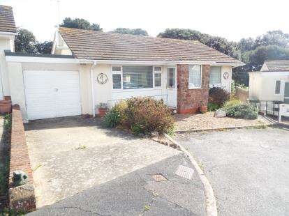 2 Bedrooms Bungalow for sale in Teignmouth, Devon, .
