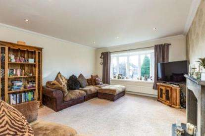 4 Bedrooms Detached House for sale in Copthurst Avenue, Higham, Burnley, Lancashire, BB12