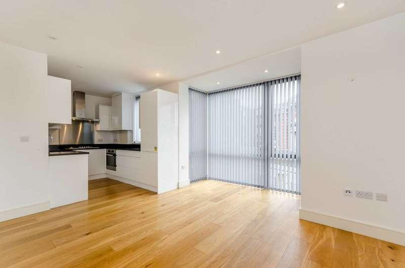 2 Bedrooms Flat for sale in Alton Road, Roehampton, SW15