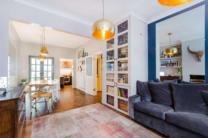 2 Bedrooms House for sale in Haydons Road, Wimbledon, SW19