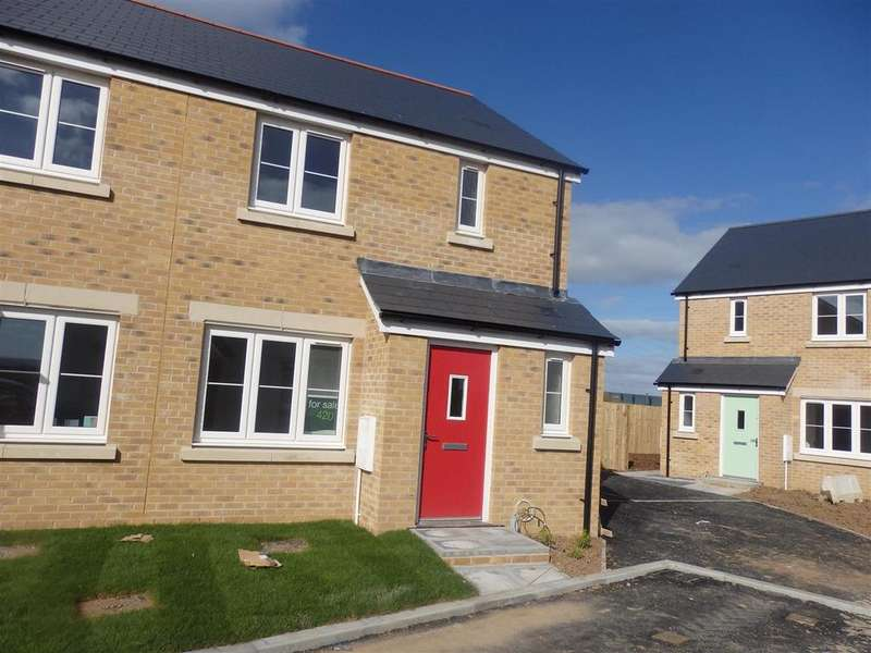 3 Bedrooms Semi Detached House for sale in Ynys Y Mor, Machynys, Llanelli