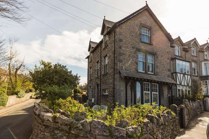 3 Bedrooms Maisonette Flat for sale in The Maisonette, Summerlea, 5 Silverdale Road, Arnside, Cumbria, LA5 0AG