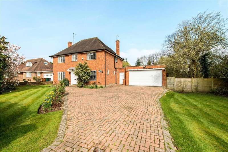 4 Bedrooms Detached House for sale in Batchworth Lane, Northwood, Middlesex, HA6