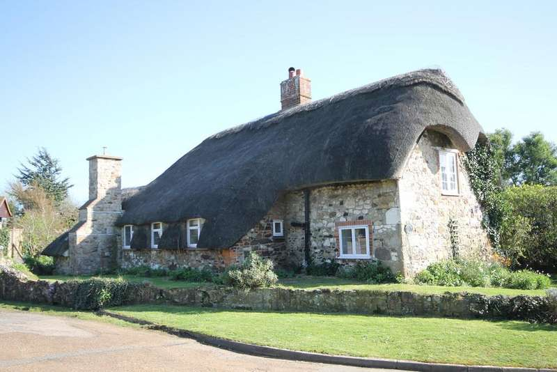 3 Bedrooms Cottage House for sale in Brighstone, Isle of Wight