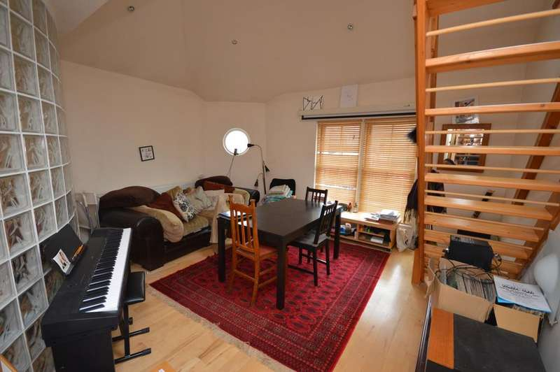 2 Bedrooms Flat for sale in Harefield Mews Brockley SE4