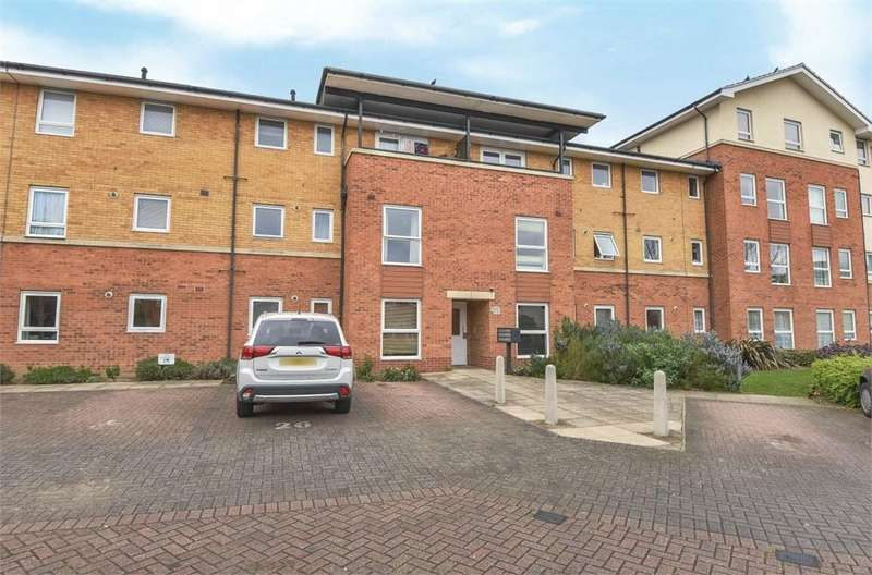 1 Bedroom Flat for sale in Admiralty Close, West Drayton, Greater London