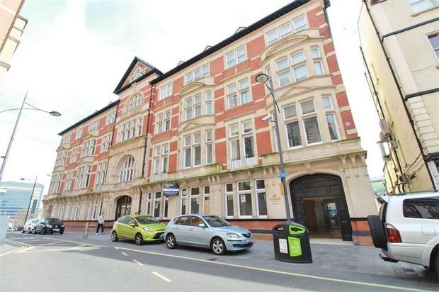 1 Bedroom Flat for sale in Kings Court, 6 High Street, NEWPORT