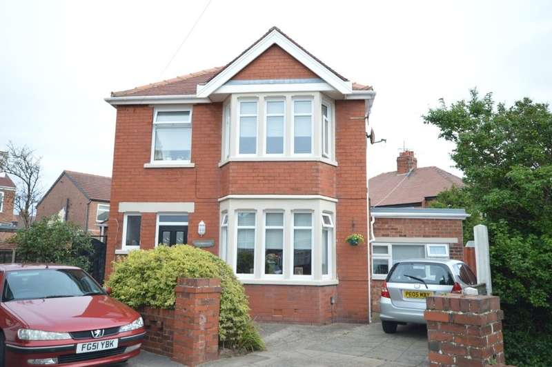 4 Bedrooms Detached House for sale in Gildabrook Road, South Shore