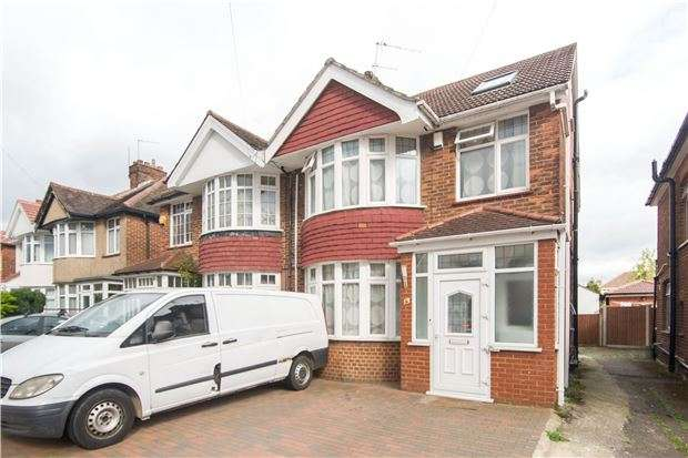 4 Bedrooms Semi Detached House for sale in Camplin Road, Kenton, HARROW, HA3 9LT