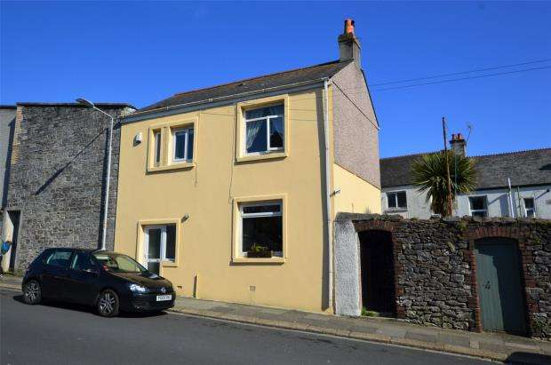 3 Bedrooms Semi Detached House for sale in Montpelier Road, Plymouth, Devon