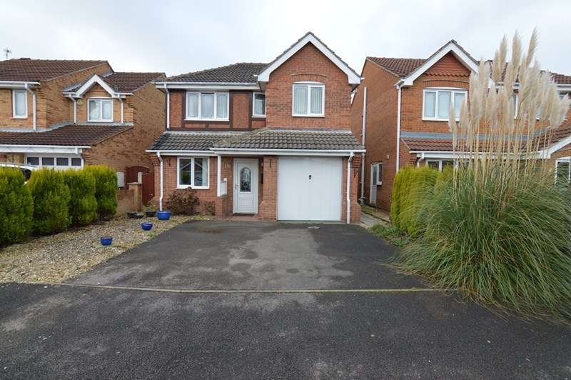 4 Bedrooms Detached House for sale in Elm Crescent, Kinsley