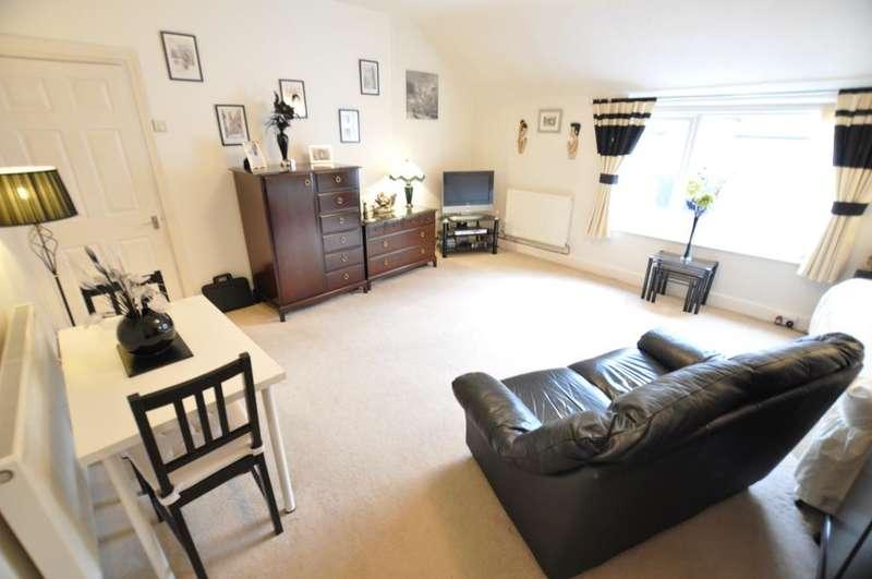 1 Bedroom Studio Flat for sale in Park Road, St Annes, Lancashire, FY8 1PW
