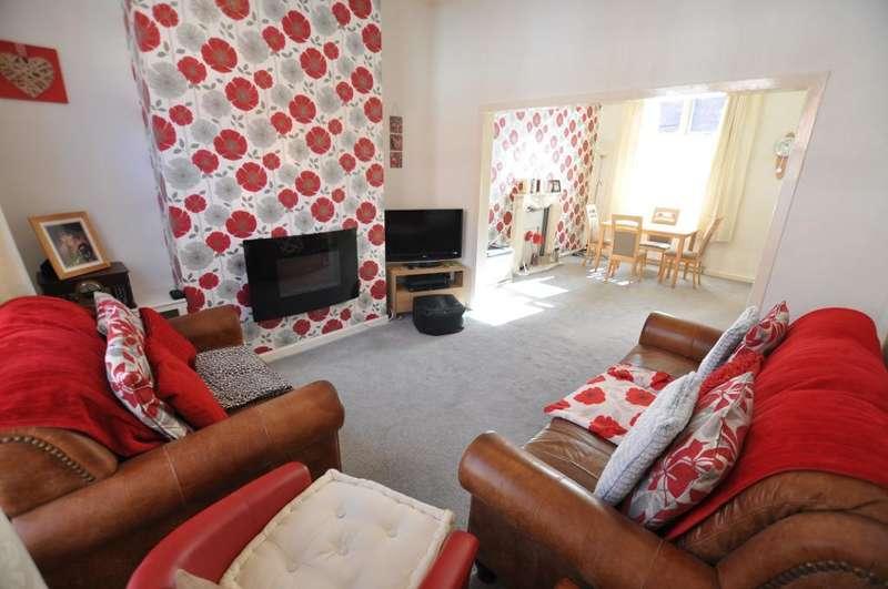 3 Bedrooms Terraced House for sale in Kimberley Road, Ashton, Preston, Lancashire, PR2 2JT