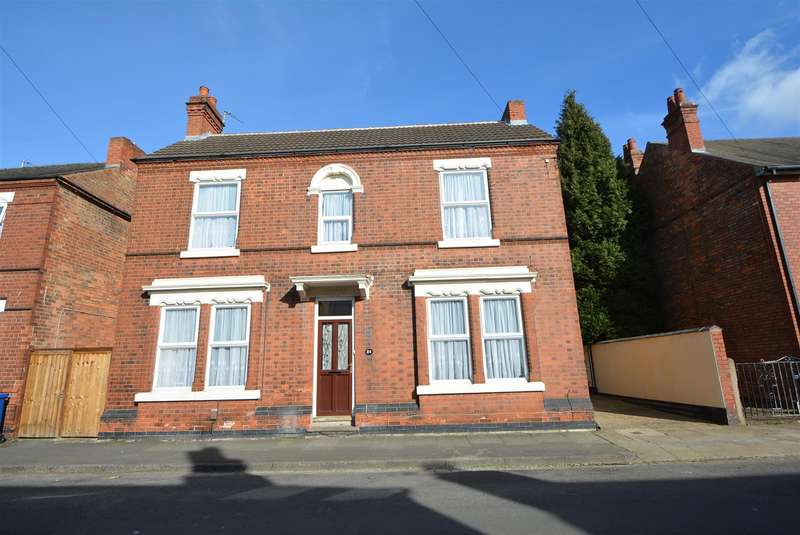 3 Bedrooms Detached House for sale in Walton Street, Long Eaton