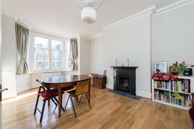 3 Bedrooms Maisonette Flat for sale in Lordship Lane, East Dulwich