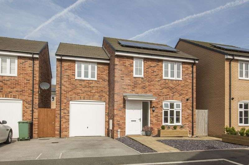 3 Bedrooms Detached House for sale in Brython Drive, Cardiff