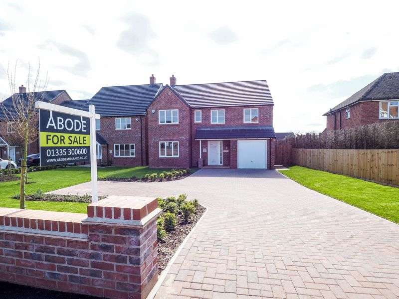 4 Bedrooms Detached House for sale in Harcourt Gardens, Stanley Common