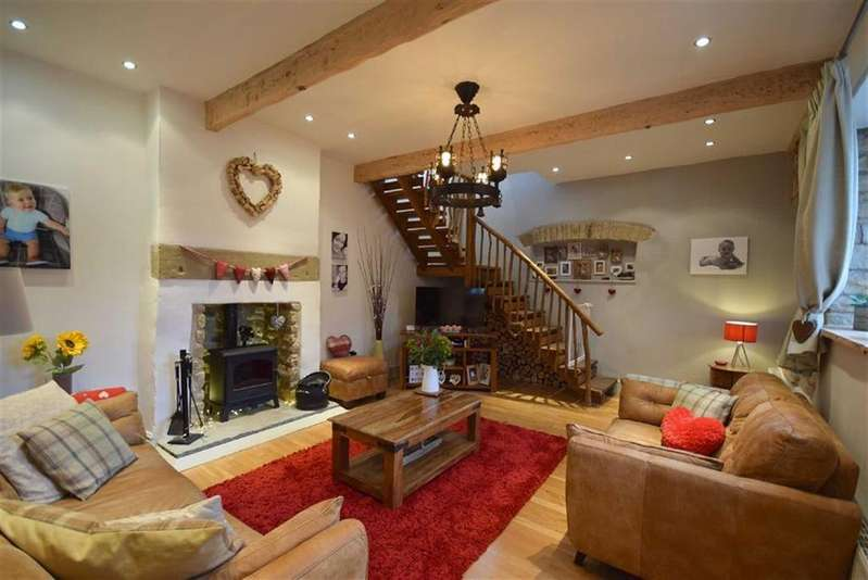 2 Bedrooms Cottage House for sale in Roughlee, Lancashire