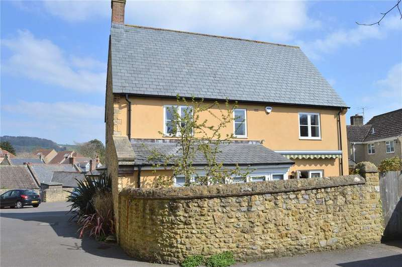 3 Bedrooms Detached House for sale in Newmans Corner, Beaminster, Dorset