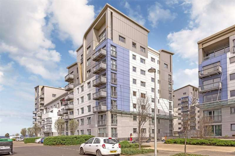 2 Bedrooms Flat for sale in 6/6 Western Harbour Terrace, Edinburgh, EH6