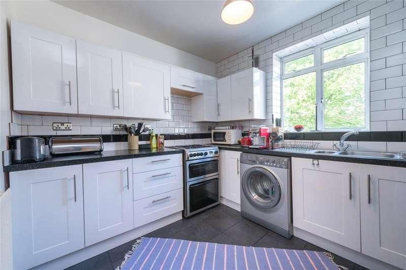 1 Bedroom Flat for sale in Shaw Court, Cornwallis Road, London