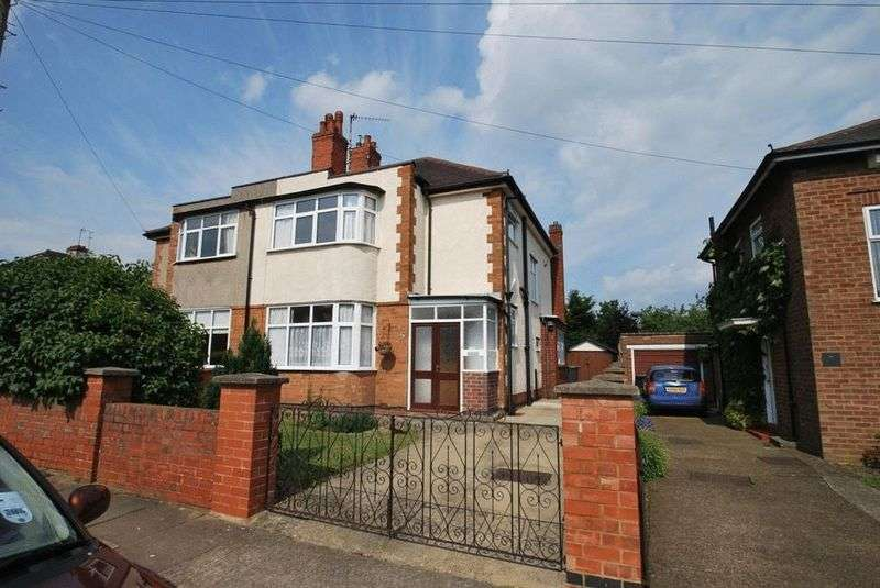 3 Bedrooms Property for sale in Mayfield Road, Northampton