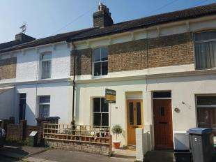 2 Bedrooms Terraced House for sale in Clarendon Street, Dover, Kent