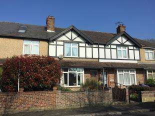 3 Bedrooms Terraced House for sale in Town Cross Avenue, Bognor Regis