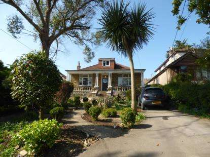 4 Bedrooms Bungalow for sale in Worle, Weston Super Mare, Somerset
