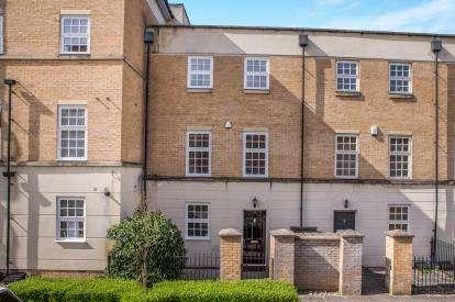 3 Bedrooms Terraced House for sale in Phoenix Boulevard, Leeman Road, York, North Yorkshire