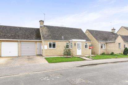 2 Bedrooms Semi Detached House for sale in Hays Close, Willersey, Broadway, Worcestershire