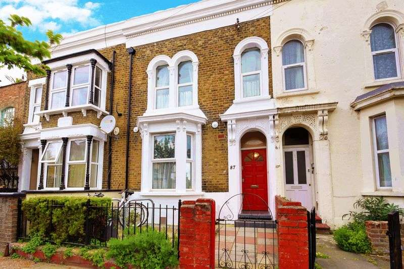 4 Bedrooms Terraced House for sale in Clifden Road, London