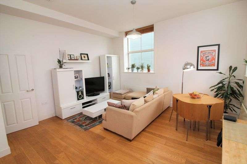 2 Bedrooms Flat for rent in Duckmoor Road, Southville, BS3