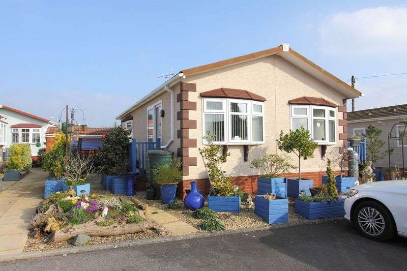 2 Bedrooms Detached Bungalow for sale in Mullenscote Park, Weyhill, Nr Andover